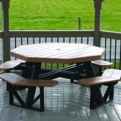 Комплекс из восьмиугольного стола и 8 встроенных лавок
